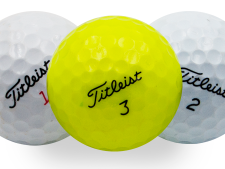 titleist-mix-002-reciclada-person-golf-ball-shop-on-line